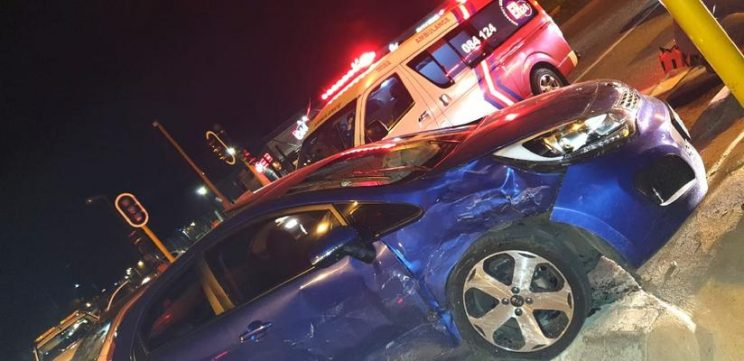 Five people injured, three seriously, in Johannesburg car crash