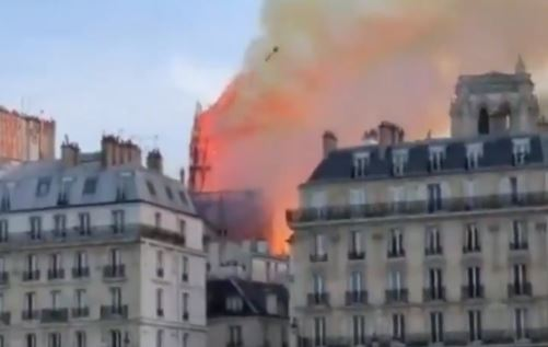 The moment the spire of the famed Notre-Dame Cathedral in Paris collapses, 15 April 2019. Picture: Screengrab from Twitter