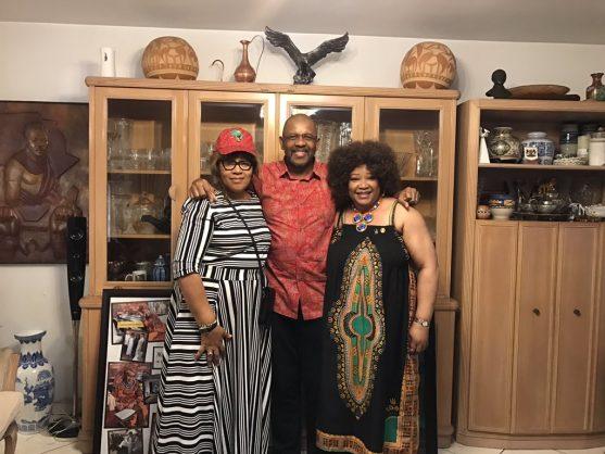 Dali Mpofu with Zindzi and Zenani Mandela. Picture: Twitter/Dali Mpofu