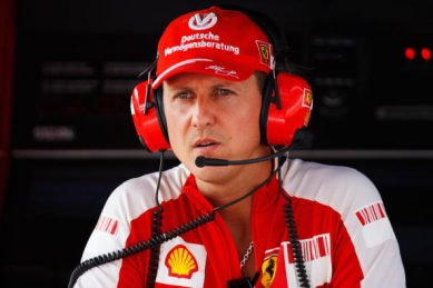 Schumacher in Paris for cell therapy – report