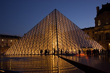 Spend a private night in the Louvre