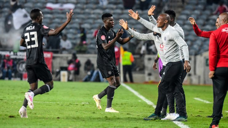 Orlando Pirates bench celebrates with the players after Justin Shonga of Orlando Pirates scored the second goal during Absa Premiership match between Orlando Pirates and Free State Stars at Orlando Stadium. (Photo by Sydney Seshibedi/Gallo Images)