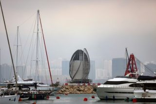 Hong Kong admits world's largest air purifier choked on debut