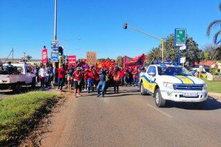 WATCH: Glen Marikana residents march to civic centre