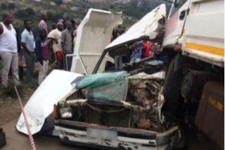 Truck and bakkie collide leaving one dead, seventeen injured