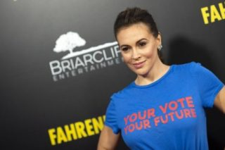American actress calls for country-wide sex strike