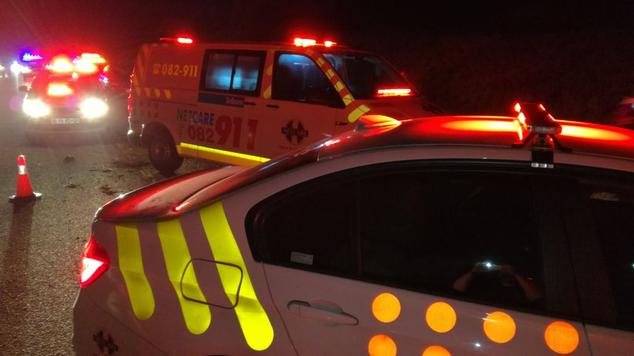 Woman airlifted to hospital following Roodepoort minibus taxi crash