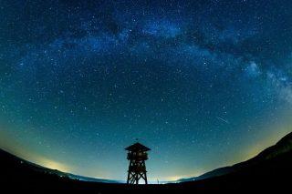The Milky Way is huge. But just how huge?