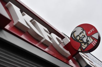 JHB woman wants KFC to foot her medical bill, claims chicken landed her in hospital