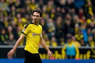 Hummels rejoins Borussia Dortmund from Bayern