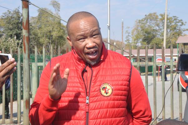 Numsa threatens court action if govt doesn't resolve taxi industry issues