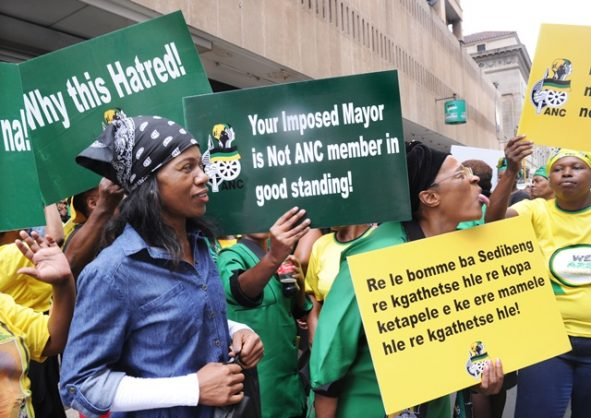 Sebokeng community demands service delivery from Luthuli House