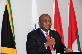 Govt urges developing countries to respond to anti-globalisation initiatives