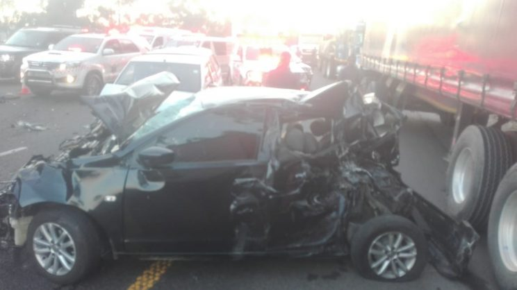 June 29 - Four people were injured in an eight vehicle pile-up on the N3 near the Mariannhill Toll Plaza near Pinetown in Durban late on Friday afternoon. Photo: Netcare 911