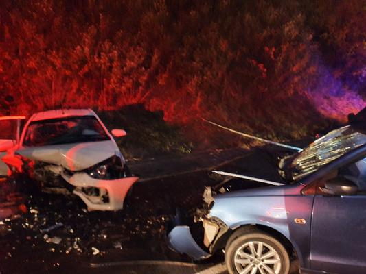 One dead, four others injured in M1 Higginson Highway crash – The