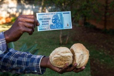 Easy up, sticky down: Zimbabwe lunges towards economic despair