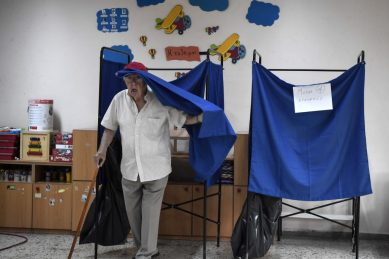 Greece votes in election expected to oust leftist Tsipras