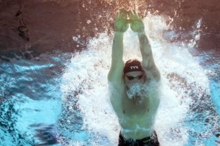 Peerless Peaty crushes 100m breaststroke world record