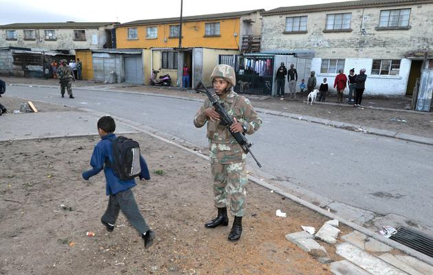 Army 'becoming tourists on the Cape Flats', say some CPFs