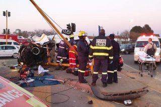 One dead, 15 injured in Johannesburg collision