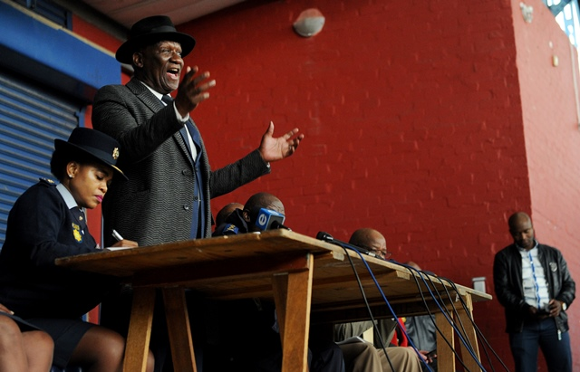 Army to be deployed to Cape Town crime hotspots – Cele