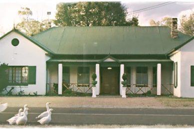 SA ghost hunters visit 'haunted' Val Hotel in Mpumalanga