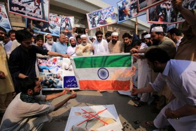 Pakistan arrests protesters after pro-independence Kashmir rally