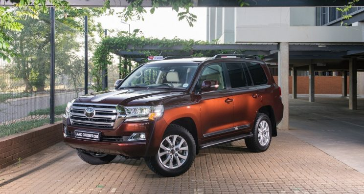 Toyota Land Cruiser 300 a possible debutant at the Tokyo Motor Show