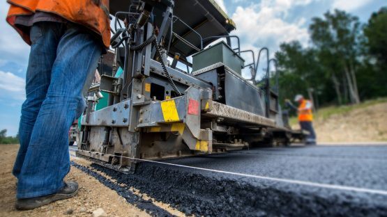 The larger road projects put out to tender in Q2 emanated from provincial departments and Transnet and do not reflect the R40bn commitment made by Sanral last week. Picture: Shutterstock