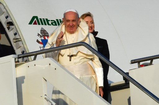 Pope Francis lands in Mozambique for first leg of Africa tour