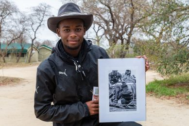 South African teenager wins international photographic award