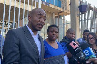 DA hands over memo to police demanding intelligence sharing