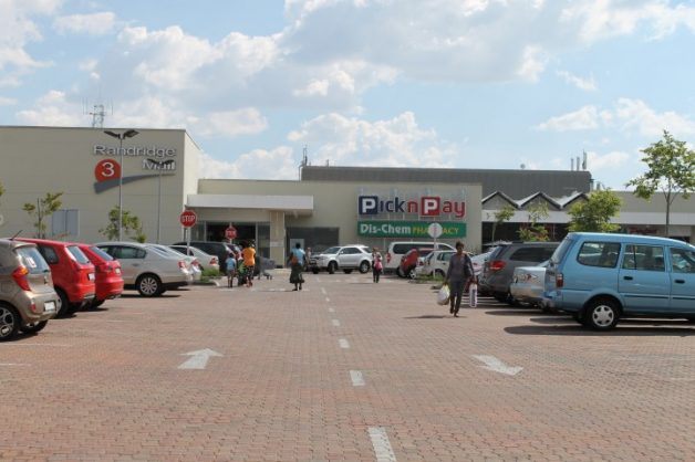Security guard shot dead during robbery at Randridge Mall