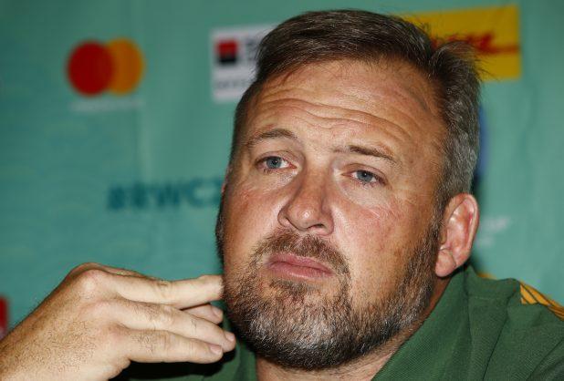Springbok guru officially defects to England