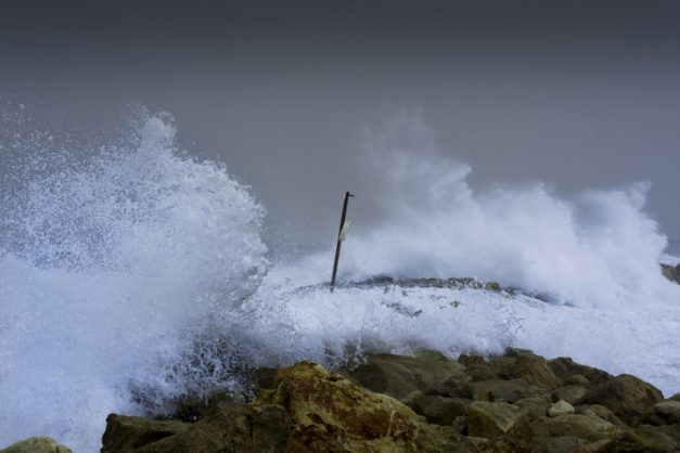 Gale-force winds expected over southern cape, Karoo