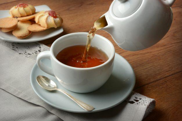 Drinking tea improves brain health, study shows
