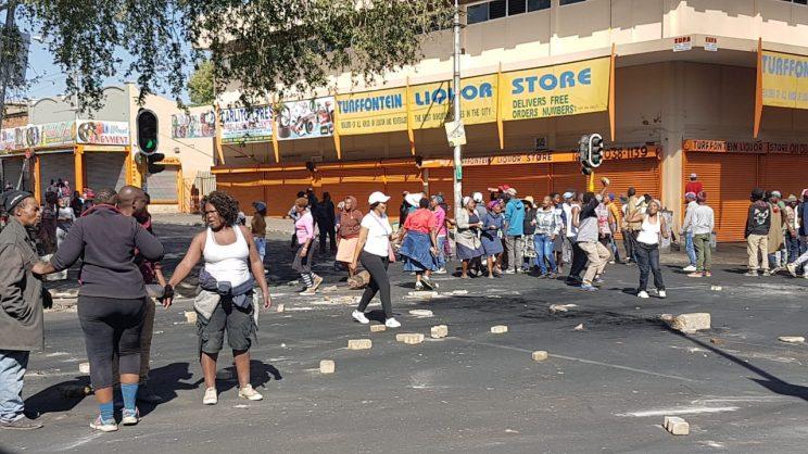 Gauteng violence not xenophobia, thugs are taking chances – Magashule