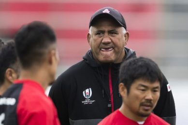 NZ Rugby ask no less than 26 men to apply for All Blacks coach!