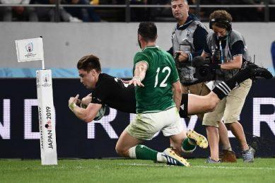 All Blacks lay down marker in smashing Ireland