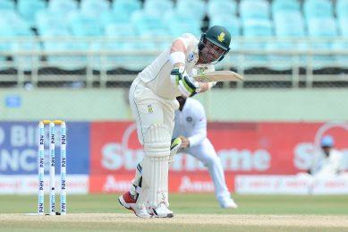 Proteas fight back in India Test as Kohli gets selfie shock