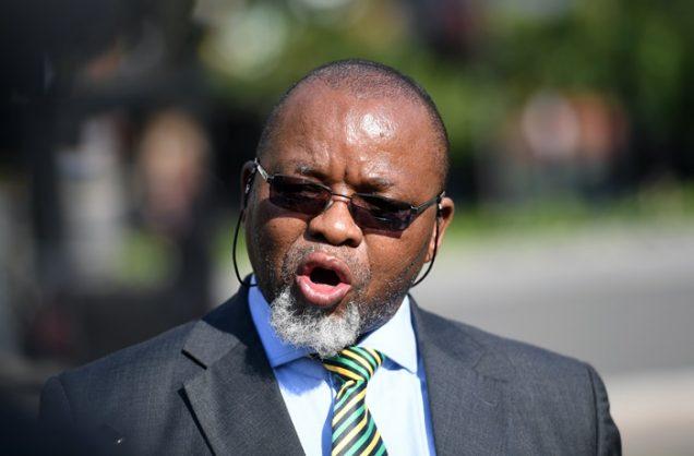 Mantashe's plan to power SA gets flak over coal