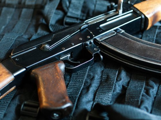 Three arrested while transporting illegal guns from KZN to Gauteng