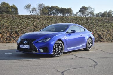 Roaring Lexus RC-F salutes the mighty V8