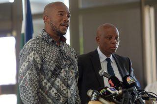 DA to 'speak with EFF' so we 'don't throw Joburg' to the 'wolves' – Steenhuisen - Citizen