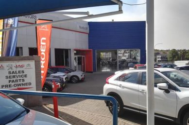 Service at Peugeot Northcliff almost as bad as driving off actual cliff