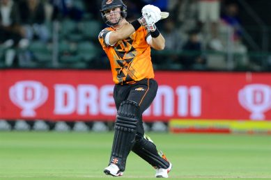Marco Marais announces himself in style as Giants go top in MSL