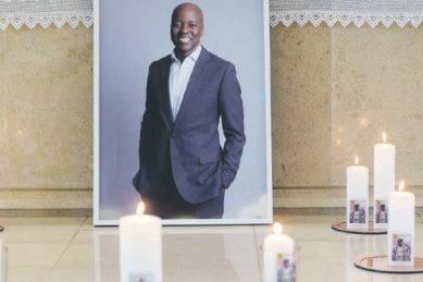 WATCH: A fitting send-off for legendary broadcaster Xolani Gwala