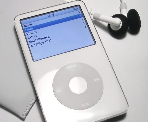 This app can turn your iPhone into an iPod Classic