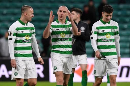 Celtic strike late as Rangers slip up at Aberdeen