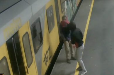 WATCH: These two men suspected of burning Cape Town trains – R100K reward